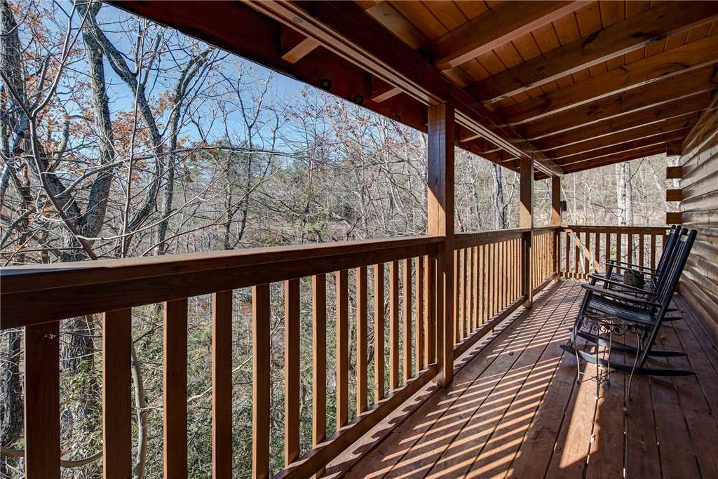 Photo of a Gatlinburg Cabin named Blue Mist View - This is the fourteenth photo in the set.
