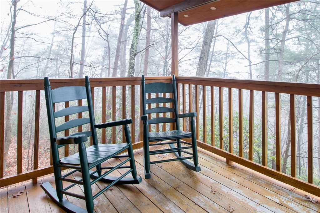 Photo of a Gatlinburg Cabin named Bearadise - This is the fifteenth photo in the set.