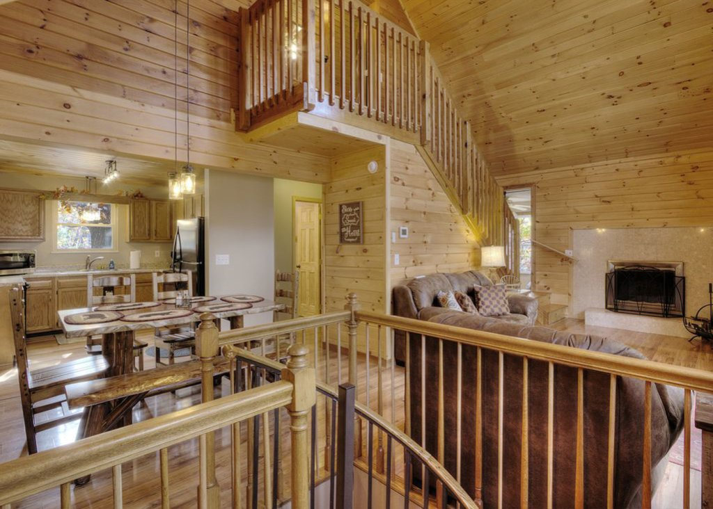 Photo of a Pigeon Forge Cabin named Sweet Tea - This is the first photo in the set.