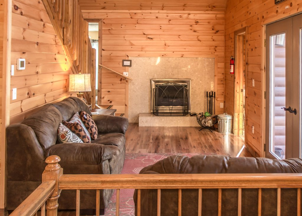 Photo of a Pigeon Forge Cabin named Sweet Tea - This is the fourth photo in the set.