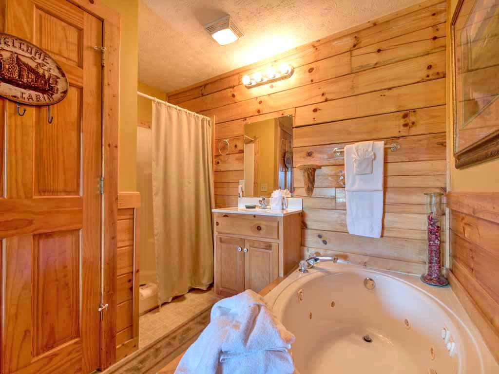 Photo of a Gatlinburg Cabin named Breathtaking View - This is the fifteenth photo in the set.