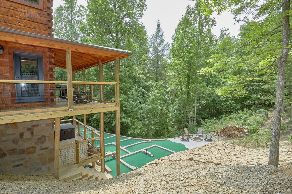 Photo of a Pigeon Forge Cabin named Poolin Around - This is the seventh photo in the set.