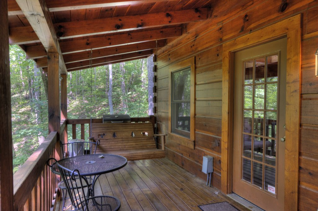 Photo of a Pigeon Forge Cabin named Smoky Mountain Memories #107 - This is the eighteenth photo in the set.