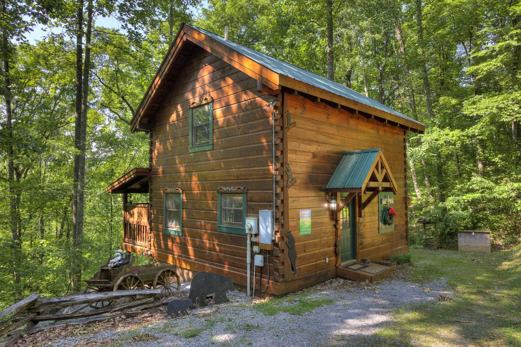 Photo of a Pigeon Forge Cabin named Smoky Mountain Memories #107 - This is the fourteenth photo in the set.