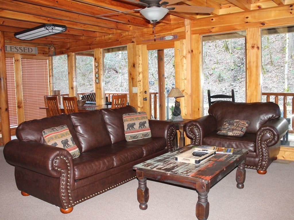 Photo of a Pigeon Forge Cabin named Creekside Dreams - This is the seventh photo in the set.