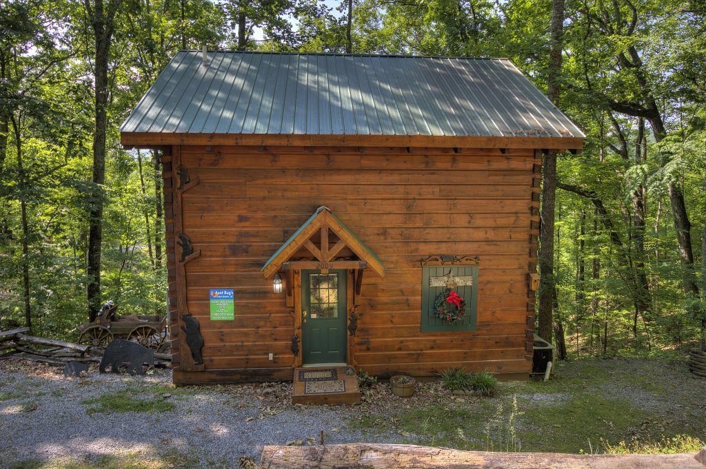 Photo of a Pigeon Forge Cabin named Smoky Mountain Memories #107 - This is the twenty-third photo in the set.