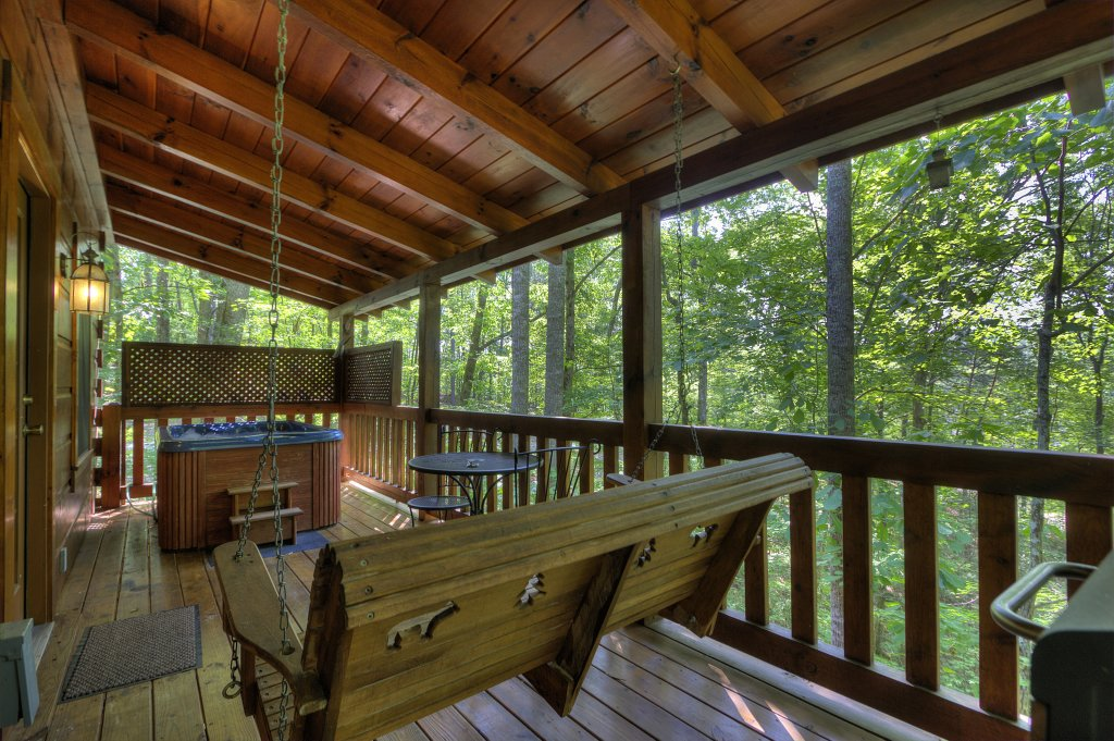 Photo of a Pigeon Forge Cabin named Smoky Mountain Memories #107 - This is the nineteenth photo in the set.