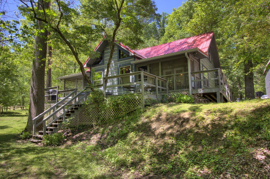 Photo of a Gatlinburg Cabin named Living Waters #376 - This is the sixtieth photo in the set.
