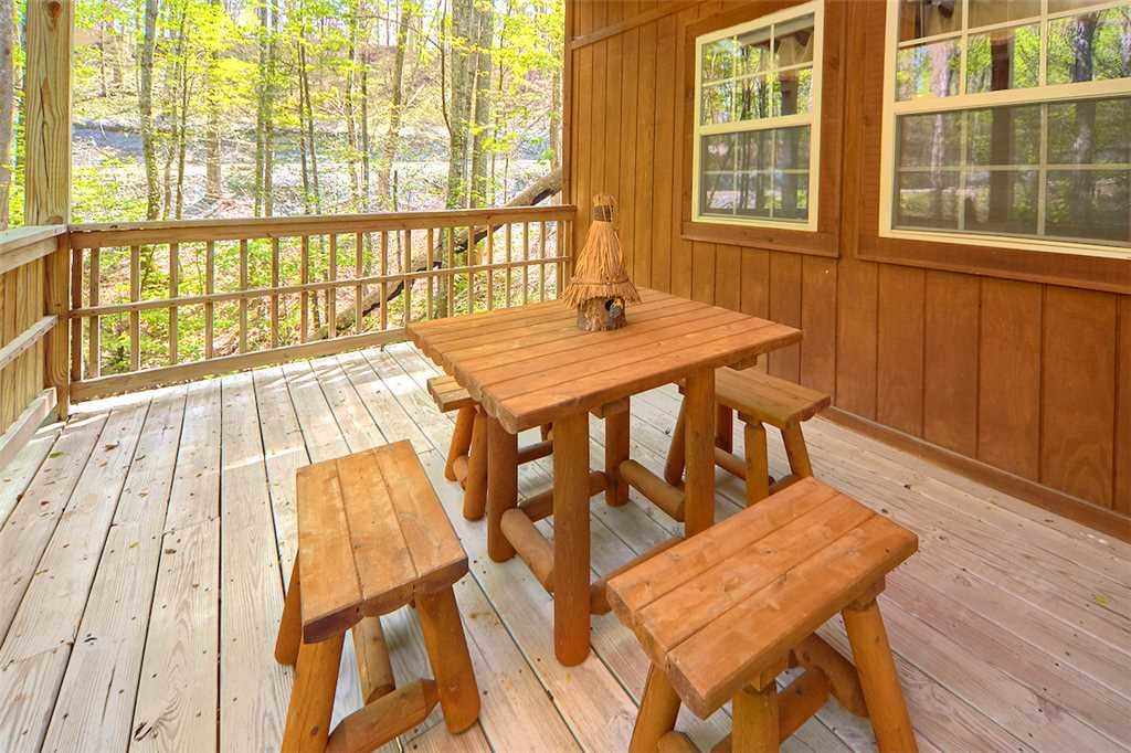Photo of a Gatlinburg Cabin named Life's Escape - This is the eighteenth photo in the set.