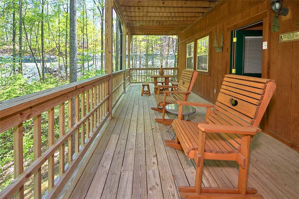 Photo of a Gatlinburg Cabin named Life's Escape - This is the nineteenth photo in the set.