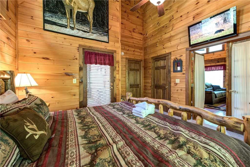 Photo of a Gatlinburg Cabin named Fawn Cabin - This is the ninth photo in the set.