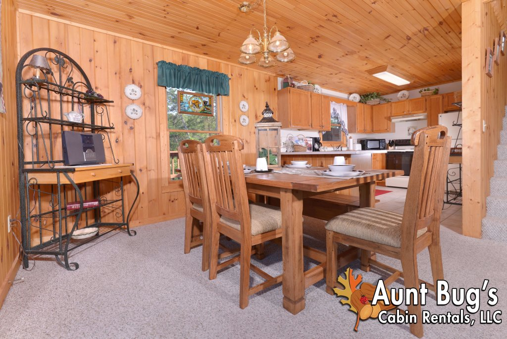 Photo of a Pigeon Forge Cabin named A Grand View From Above #225 - This is the twenty-second photo in the set.