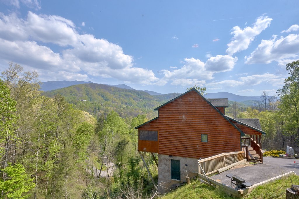 Photo of a Gatlinburg Cabin named Inspiration Point - This is the nineteenth photo in the set.