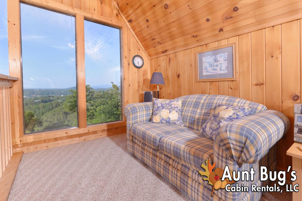 Photo of a Pigeon Forge Cabin named A Grand View From Above #225 - This is the forty-first photo in the set.