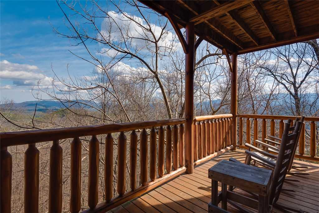 Photo of a Pigeon Forge Cabin named Bearly Believable - This is the twenty-second photo in the set.