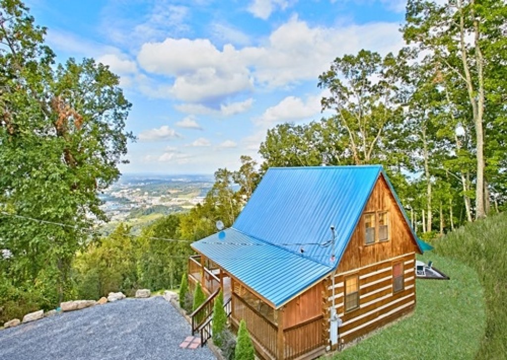 Photo of a Gatlinburg Cabin named Eagle's View - This is the thirty-fifth photo in the set.