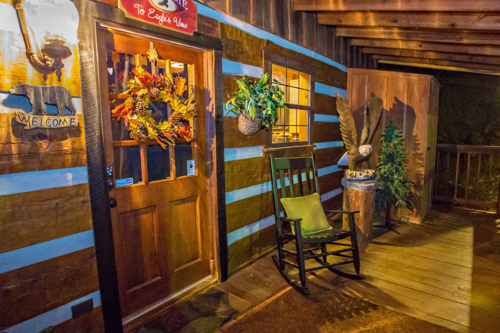 Photo of a Gatlinburg Cabin named Eagle's View - This is the sixtieth photo in the set.