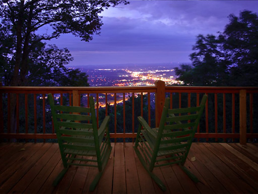 Photo of a Gatlinburg Cabin named Eagle's View - This is the thirty-eighth photo in the set.