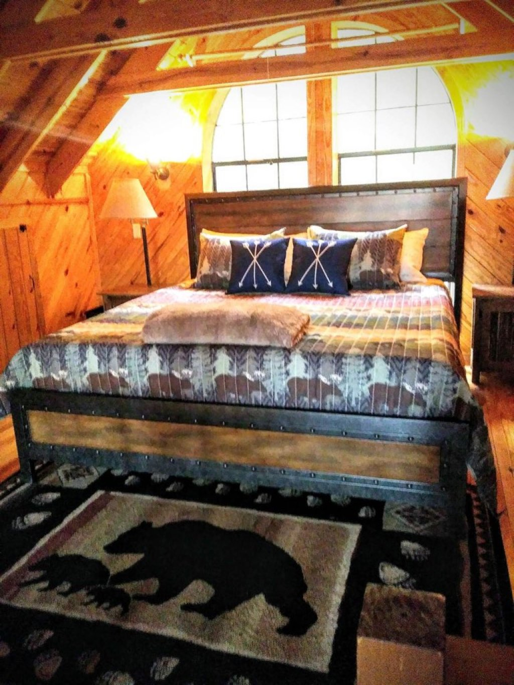 Photo of a Gatlinburg Cabin named Lake Vista Lodge - 248 - This is the third photo in the set.