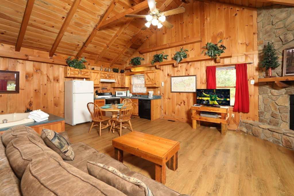 Photo of a Pigeon Forge Cabin named Creekside Tranquility #365 - This is the eighth photo in the set.