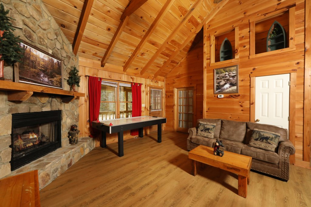 Photo of a Pigeon Forge Cabin named Creekside Tranquility #365 - This is the ninth photo in the set.