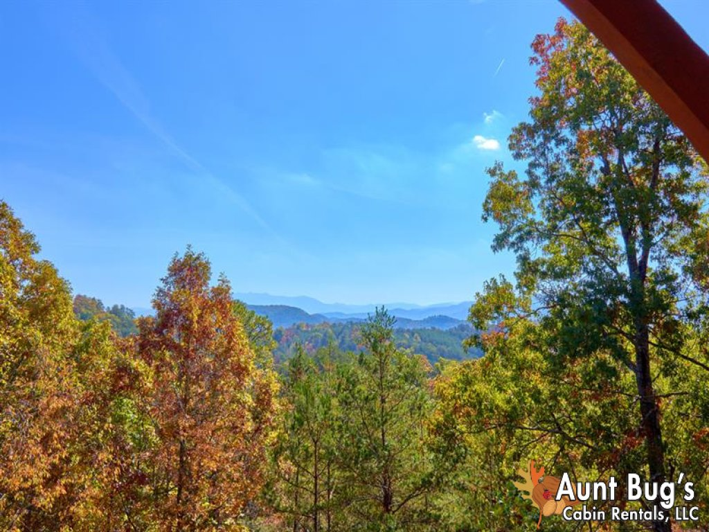 Photo of a Pigeon Forge Cabin named Incredible View - #326 - This is the nineteenth photo in the set.