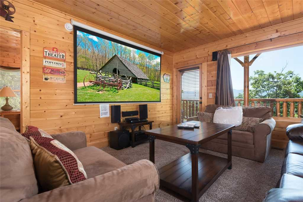 Photo of a Pigeon Forge Cabin named The Grand Legacy - This is the seventh photo in the set.