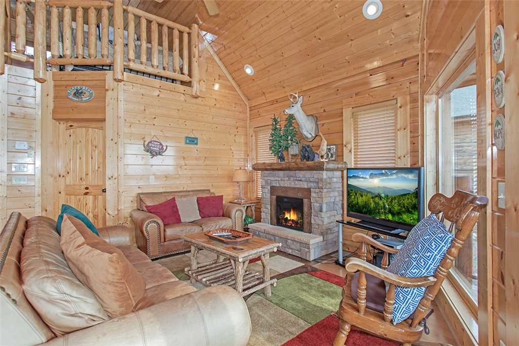 Photo of a Pigeon Forge Cabin named Breathtaking View - This is the fourth photo in the set.