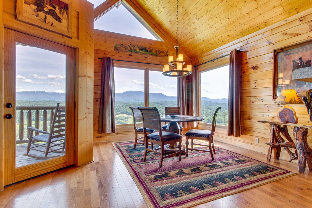 Photo of a Pigeon Forge Cabin named Soaring High - This is the sixth photo in the set.