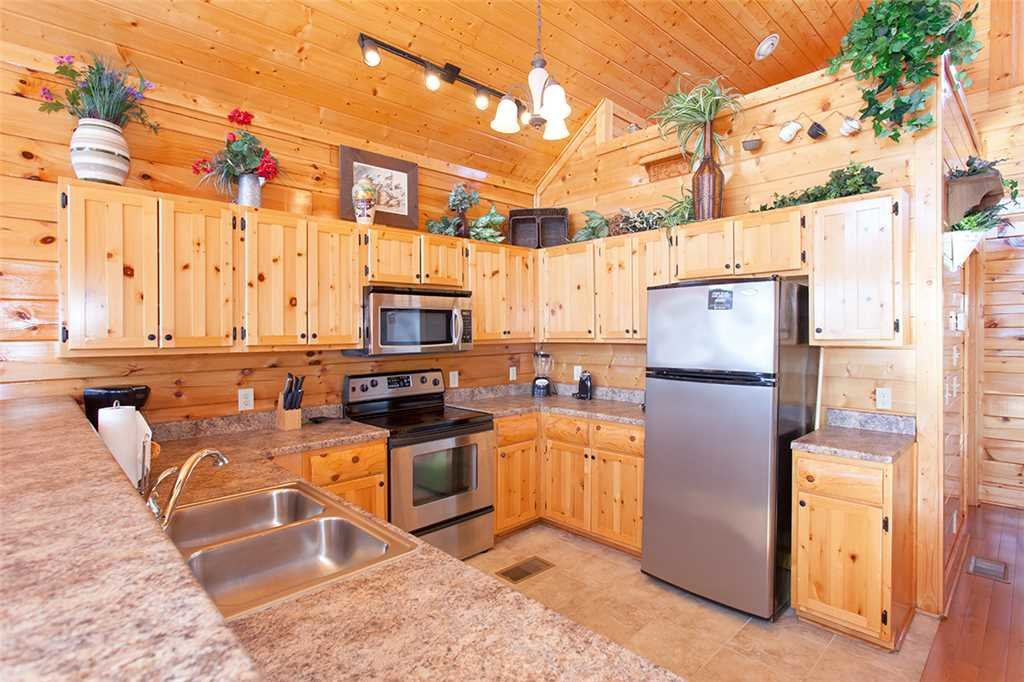 Photo of a Pigeon Forge Cabin named Spellbound - This is the seventh photo in the set.