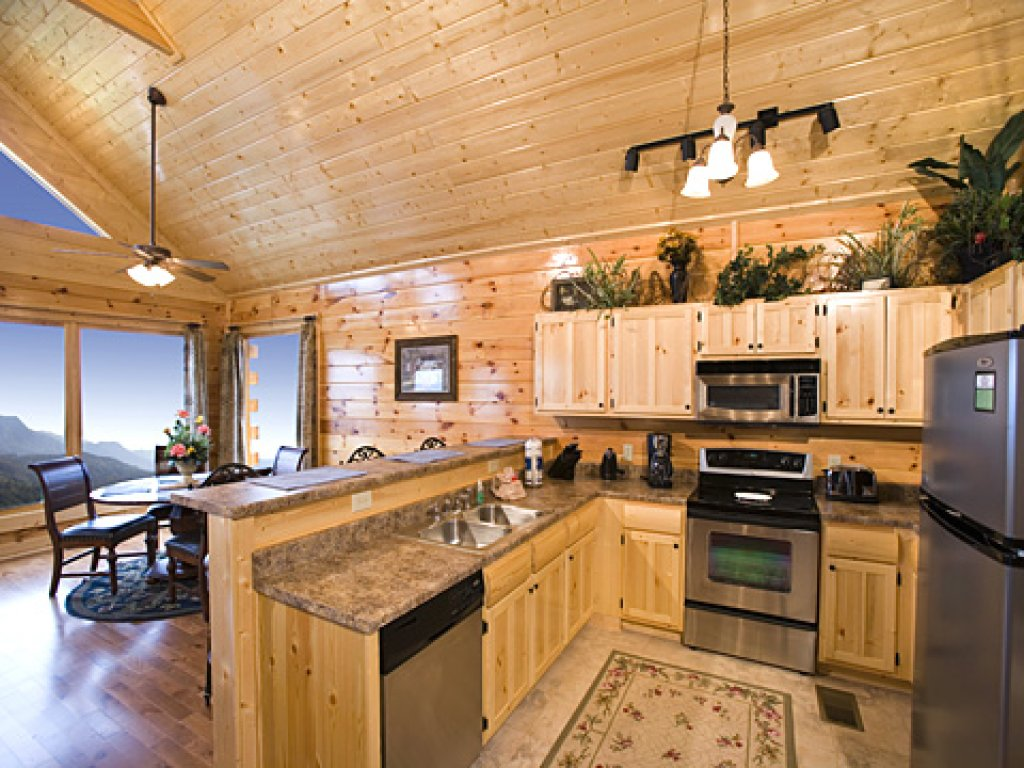 Photo of a Pigeon Forge Cabin named Spellbound - This is the sixth photo in the set.