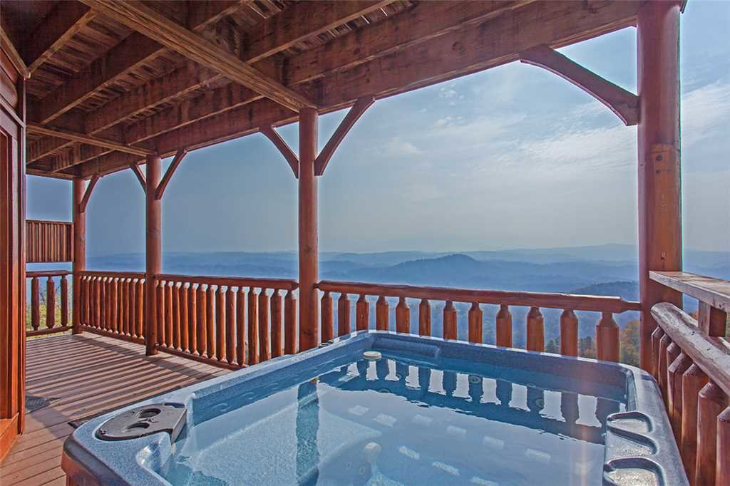 Photo of a Pigeon Forge Cabin named Breathtaking View - This is the nineteenth photo in the set.