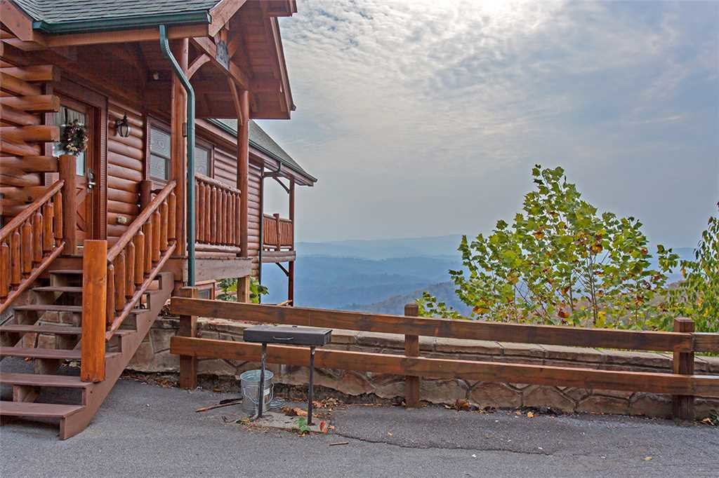 Photo of a Pigeon Forge Cabin named Breathtaking View - This is the twenty-fourth photo in the set.