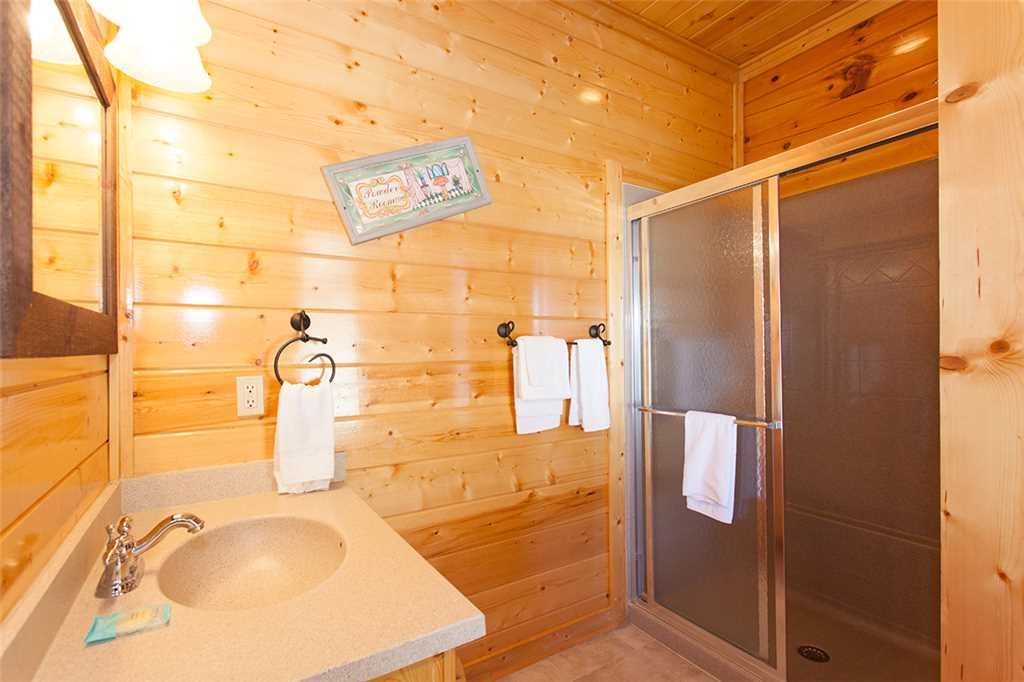 Photo of a Pigeon Forge Cabin named Spellbound - This is the eighth photo in the set.