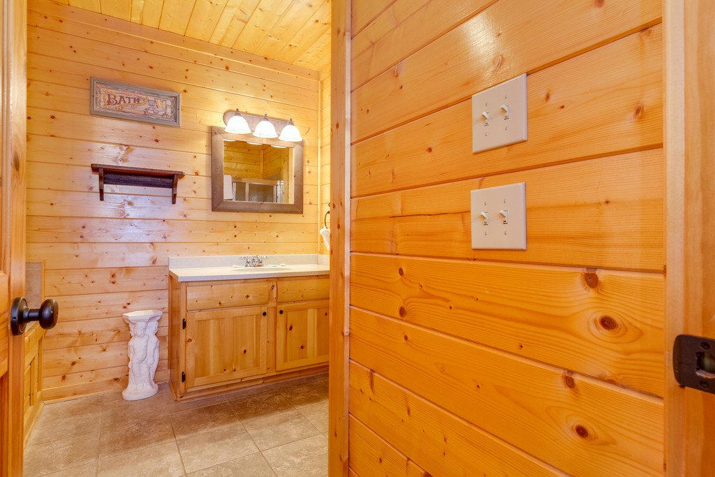Photo of a Pigeon Forge Cabin named Star Gazer At Legacy Mountain - This is the thirty-first photo in the set.
