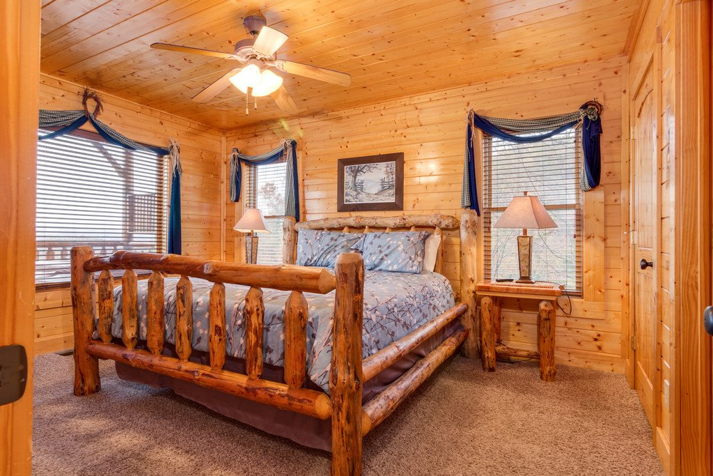 Photo of a Pigeon Forge Cabin named Star Gazer At Legacy Mountain - This is the twenty-ninth photo in the set.