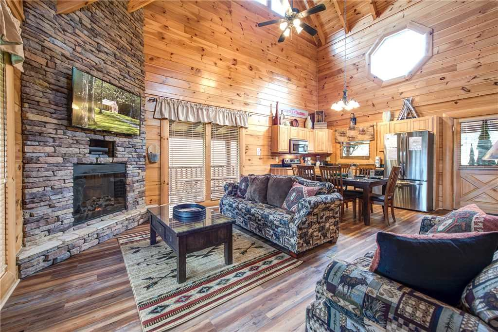 Photo of a Pigeon Forge Cabin named Appalachian Dream - This is the third photo in the set.