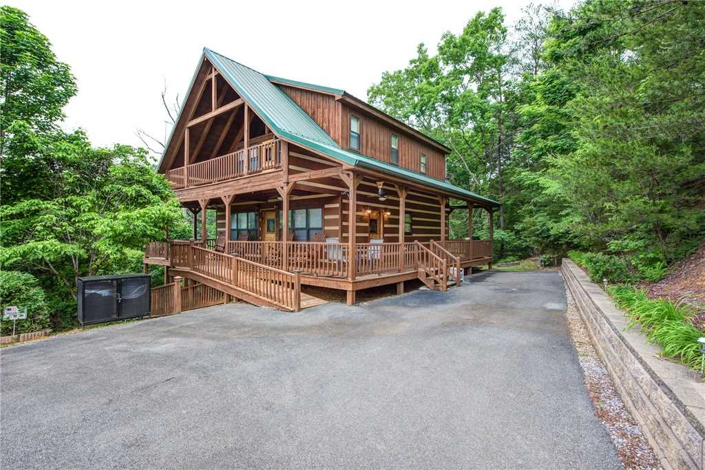 Photo of a Gatlinburg Cabin named Oh The View - This is the twenty-third photo in the set.