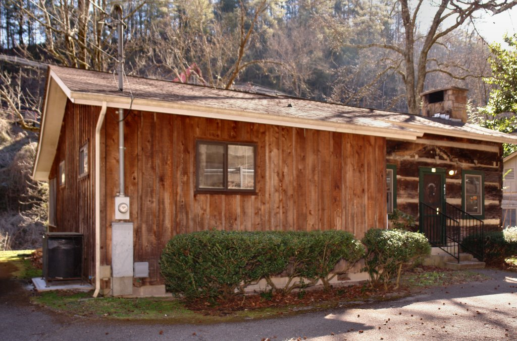 Photo of a Gatlinburg Cabin named Bear Cabin #462 - This is the seventh photo in the set.