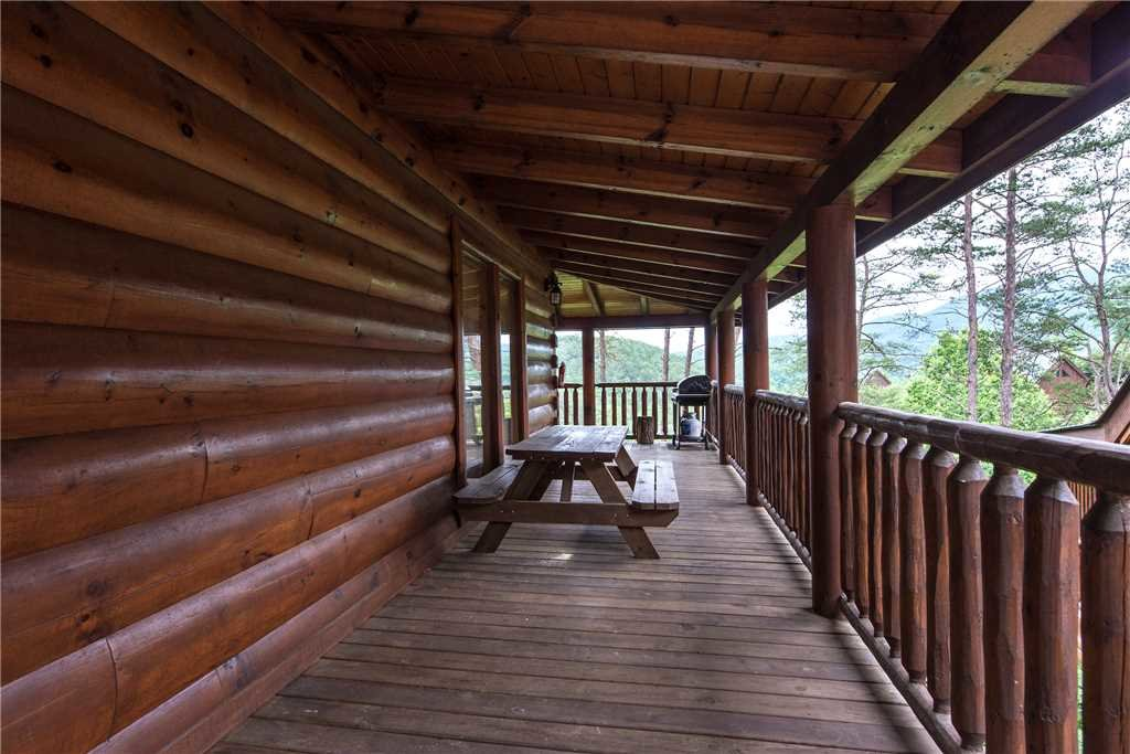 Photo of a Pigeon Forge Cabin named Appalachian Dream - This is the twentieth photo in the set.