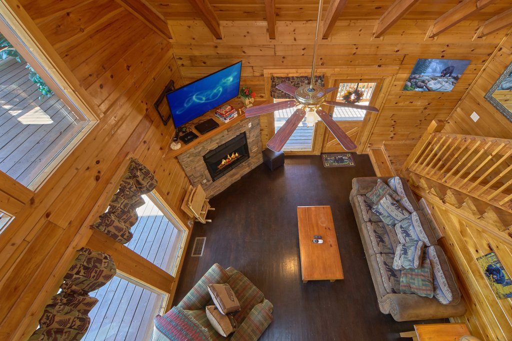 Photo of a Pigeon Forge Cabin named Heavenly Hideaway #256 - This is the sixth photo in the set.