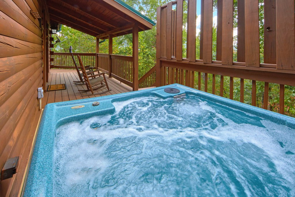 Photo of a Pigeon Forge Cabin named Heavenly Hideaway #256 - This is the second photo in the set.