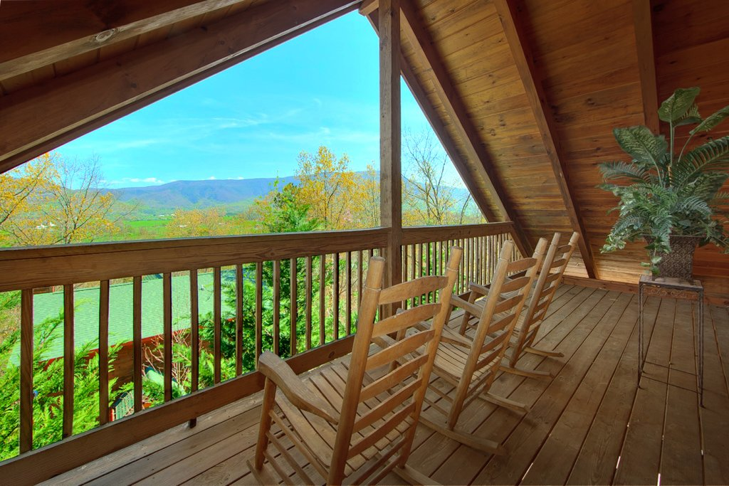 Photo of a Pigeon Forge Cabin named Heavenly Hideaway #256 - This is the tenth photo in the set.