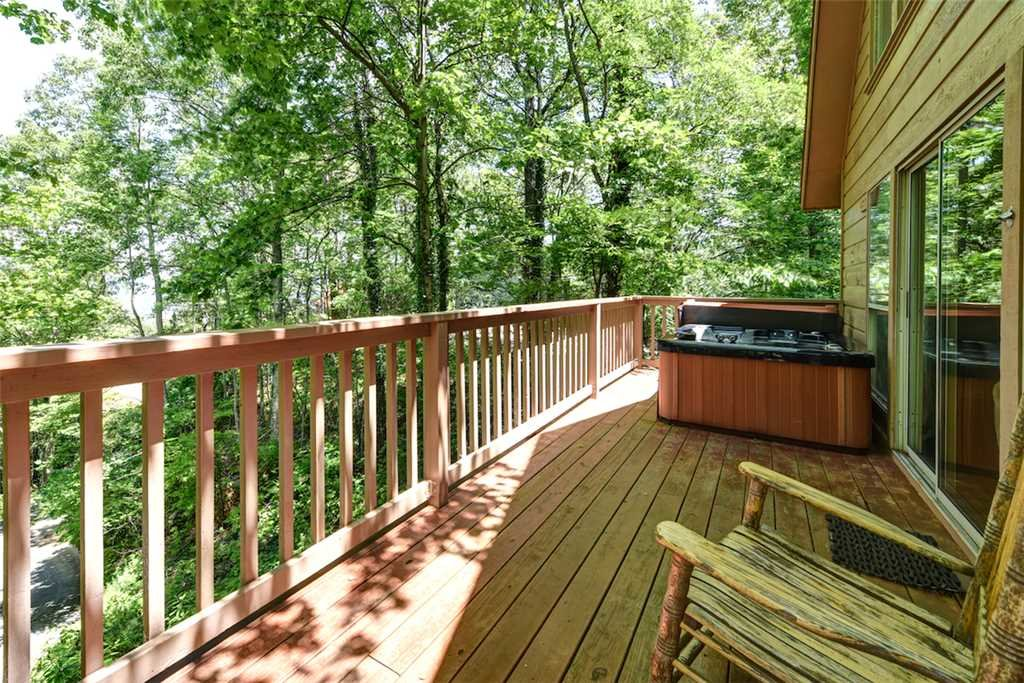 Photo of a Gatlinburg Cabin named Eagles Nest Ii - This is the fourth photo in the set.