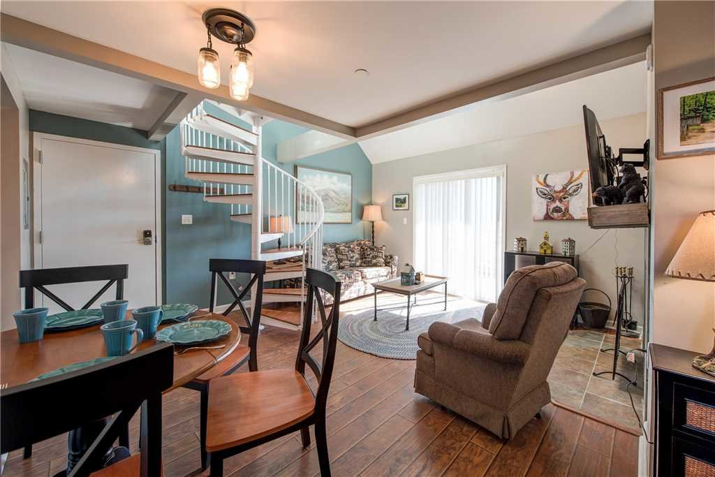 Photo of a Gatlinburg Condo named Lookout Loft - This is the second photo in the set.