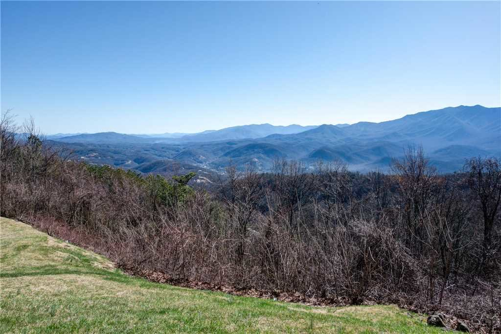 Photo of a Gatlinburg Condo named Lookout Loft - This is the third photo in the set.
