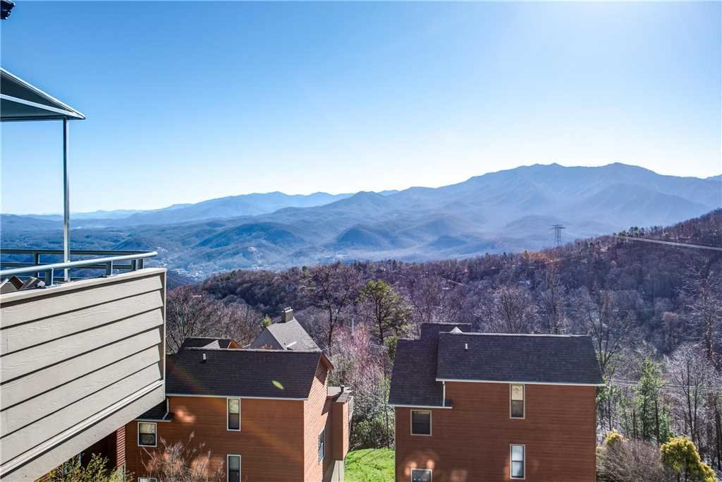 Photo of a Gatlinburg Condo named Lookout Loft - This is the fourteenth photo in the set.