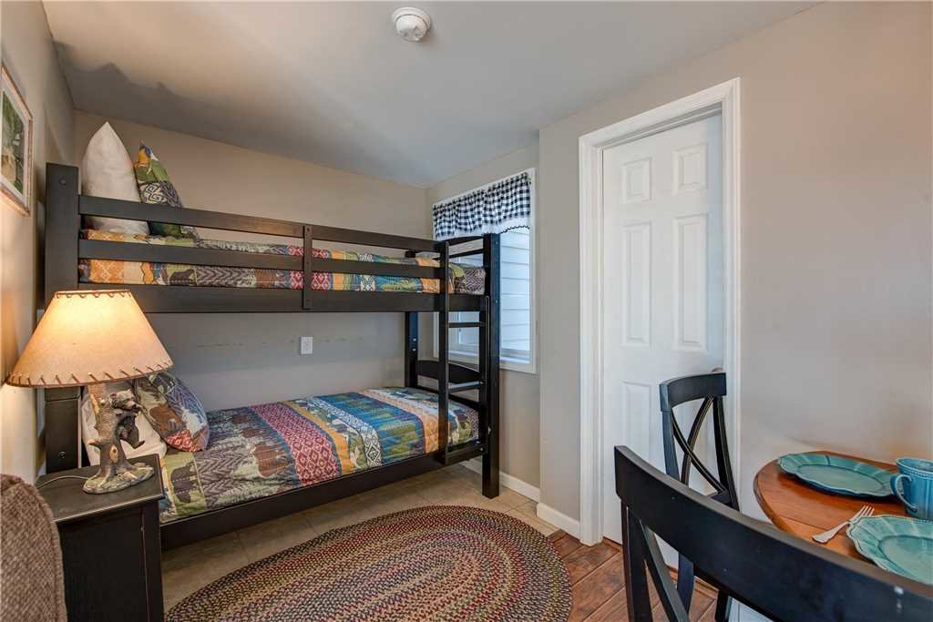 Photo of a Gatlinburg Condo named Lookout Loft - This is the eighth photo in the set.