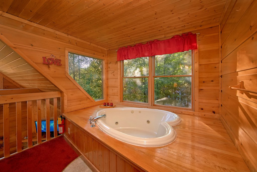 Photo of a Gatlinburg Cabin named Always Misbehavin #1412 - This is the twenty-ninth photo in the set.