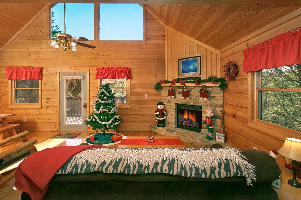 Photo of a Gatlinburg Cabin named Always Misbehavin #1412 - This is the twenty-third photo in the set.